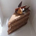 ラフェクレール - ベルギーチョコのショートケーキ 380円