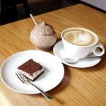LUCAS cafe -