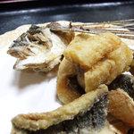 海舟 - とび魚唐揚定食(和食の海舟)