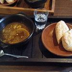 野山の食堂 - シチューセット(ビーフシチューと天然酵母パンとコーヒー)