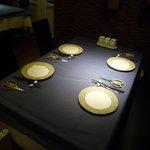 上海美味小屋 - テーブルセッティングはまるでフレンチのよう!