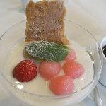 タベルネッタ アグレスト - 桜白玉のデザート