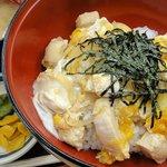 道の駅 針テラス ノースリリィ フードコート - 大和肉鶏となでしこ卵の親子丼