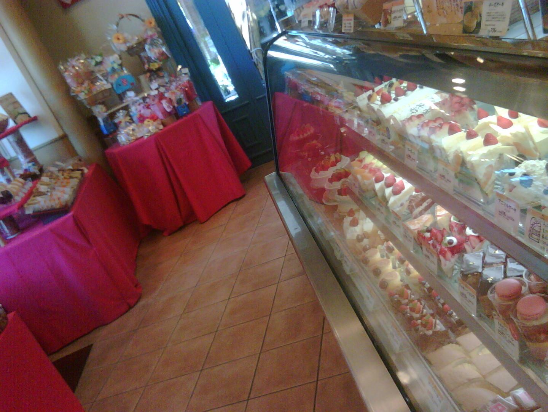 洋菓子のサフラン 鴫野店