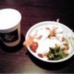 豊洲ダイニング梟 - サラダビュッフェとドリンク