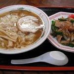 麺家なりた - ラーメン・焼肉丼セット
