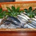 魚筍 - 沢山の新鮮な美味しいお魚!!