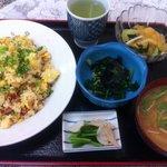 美津和食堂 - 焼き豚卵チャーハンの定食