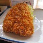 町田木曽食堂 - アジフライ 105円