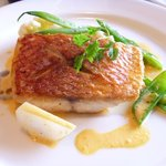 ヴェルヴェンヌ - 料理写真:オナガダイのポワレ ソースレギューム