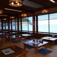 海女の小屋与望亭 - お座敷は広々と、60席をご用意致しております。団体様も大歓迎です。