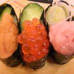 北陸富山回転寿司かいおう - 海王3点盛り157円