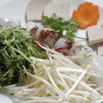 サイゴン・レストラン - もっちり蒸し餃子・Bánh cuốn