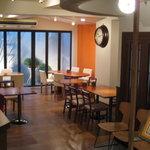 麻布食堂 - テーブル席