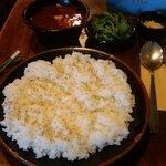 7750206 - 極辛カレー。ゴマと、チーズと春菊。