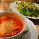 麺Dining セロリの花 - トマト・チーズつけ麺 太麺680円