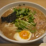 Menyahakushin - 料理写真:えびそば
