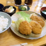 丸幸洋食店 - コロッケセット定食 アップ