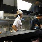 麺屋永吉 花鳥風月 - 厨房内