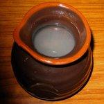 紅葉家 - 徳利に入った小細工なしの熱々の蕎麦湯