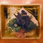 炭火串焼き すぎたま - 冷奴(350円)(2010/12/12)