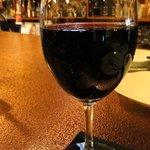クオーレ - グラスワイン(赤) ¥500