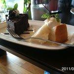 ノアール・カフェ - ショコラケーキ(おまけのシフォンケーキ付き