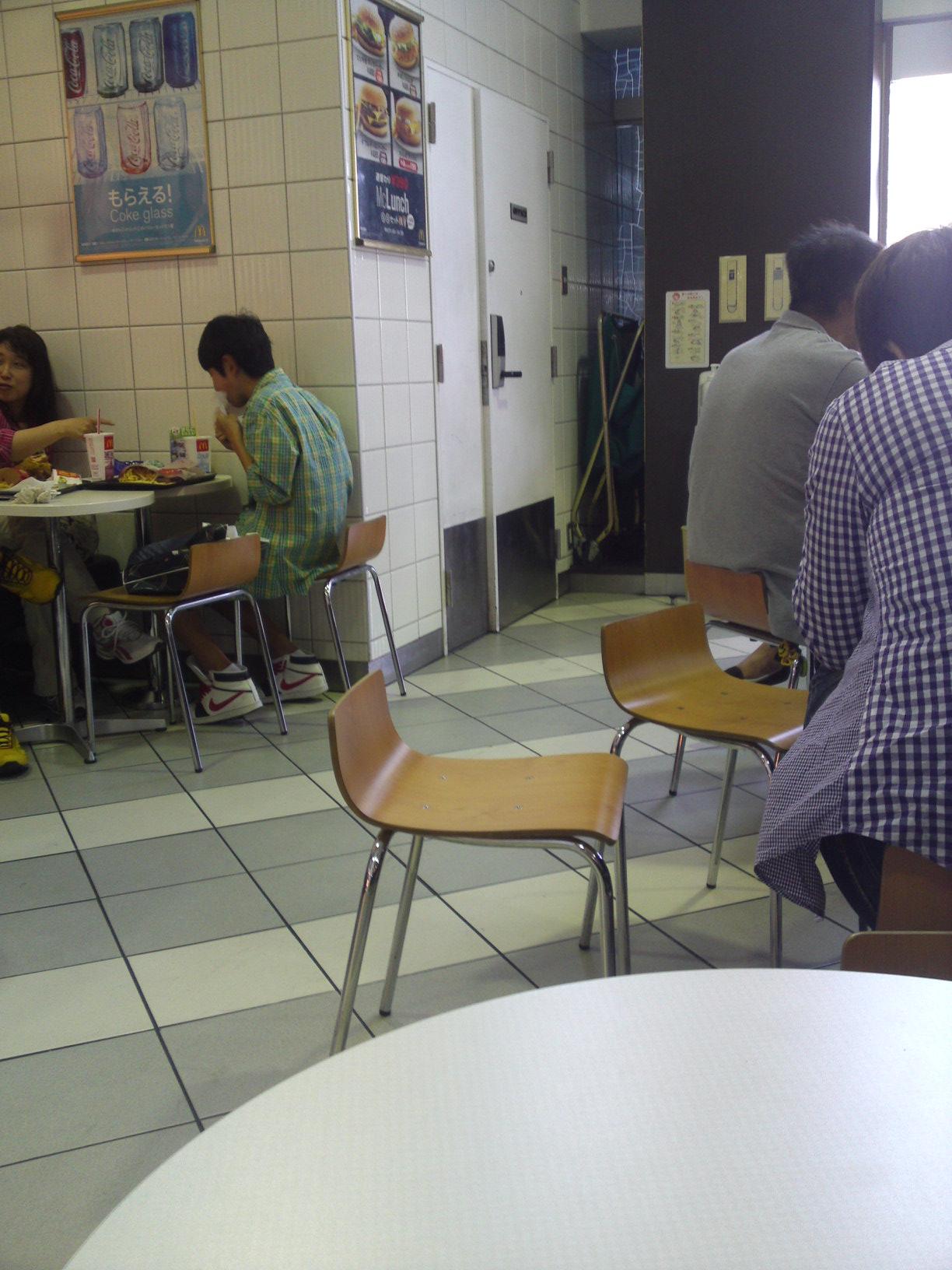 マクドナルド 横浜ベイサイドマリーナプラザ店