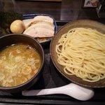 三ツ矢堂製麺 - 【2011/5】マル得つけめん並(980円)