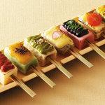 矗々家 - 【生麩と豆富と蒟蒻の七味七彩田楽】一度に七つの味をお楽しみいただけます 980円