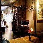 茶や - 奥の座敷から見た店内