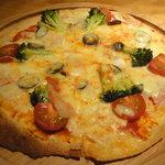 ビア バーレ ソワレ - イタリアンミックスのピザ