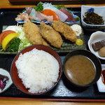 まるみや - 三番定食(997円)