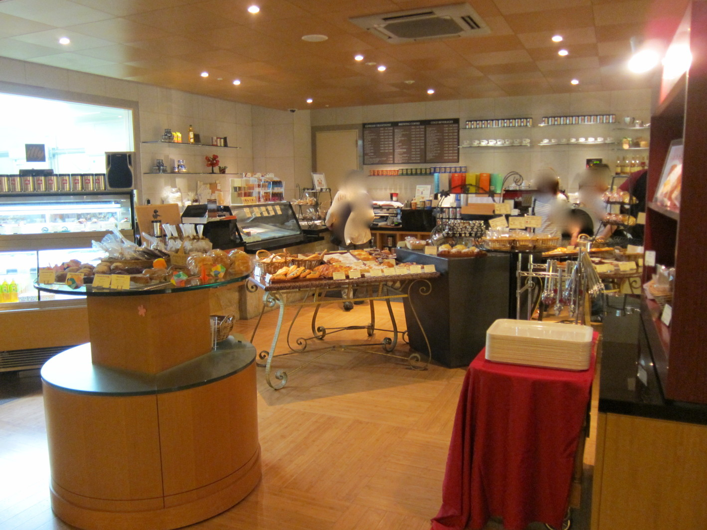 ニニギベーカリー&カフェ