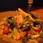 士心 サムライカフェ&バー - 士心菜。武士の長寿の秘訣を混ぜ込んだ士心オリジナルサラダです。