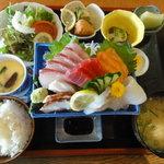 力寿司 - 刺身定食(1,200円)