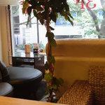 カフェ Marui堂 - 2階席です。