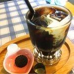 エクスペリエンス カフェ - 水出しアイスコーヒー