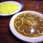 シンガ・プーラ - シンガポールカレー(魚)+ターメリックライス