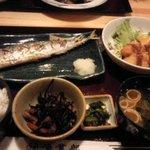 こちら丸特漁業部 - さんまの塩焼き定食