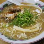 麺屋 七福神 - とんこつ醤油ラーメン
