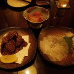 茶里亭 - パパイヤキムチ・亀レバー唐揚げ・アオリイカ刺身