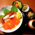 いっちょう - 料理写真:豪海鮮丼。