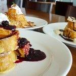 オアシスブルーカフェ - 料理写真:絶品スイーツ!フレンチトースト♪