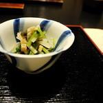祇園 たに本 -  わらび、壬生菜、 姫皮、お揚げ、独活
