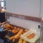 ブランジュ - 焼きたてのパンが沢山