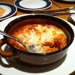 トラットリア ソーノ - リゾットグラタン。焼けたチーズが絶妙でとろけます☆