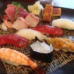 すし京辰 - お刺身と握り 京辰セット(3300円)