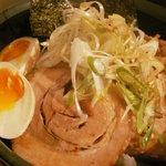 世界の龍ちゃんよしき坊 - チャーシュー丼