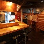 ばかたれ家 - 串揚げは1本80円〜。カウンターで揚げたてを‥少しお洒落な串揚げ屋さんです。